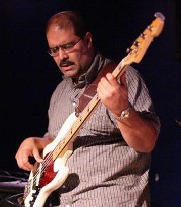 Ruben Rodriguez, bass